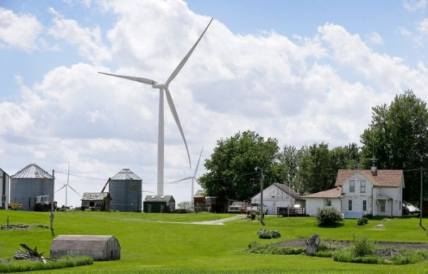 A wind turbine in Adair, Iowa