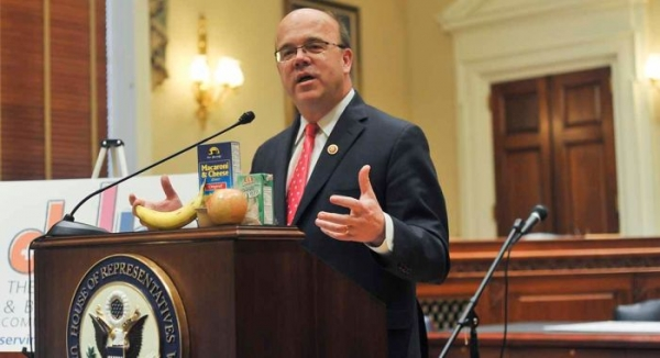 Rep McGovern: Congress must vote on ISIL war