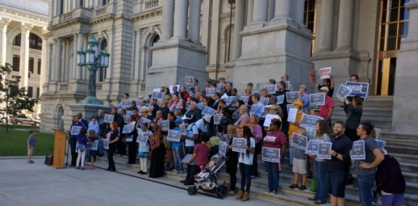 Nationwide, Workers Join Clergy to Demand Lawmakers Advance Politics of Morality