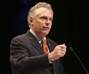 McAuliffe widens felon voting rights restoration