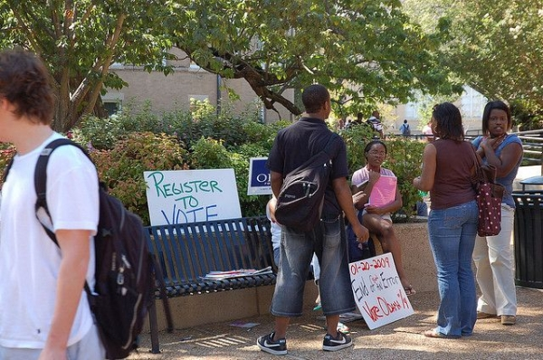 Young voting activists gather on a Mississippi college campus in 2008. Four years later, Mississippi had the second-highest turnout rate among young voters after the District of Columbia.