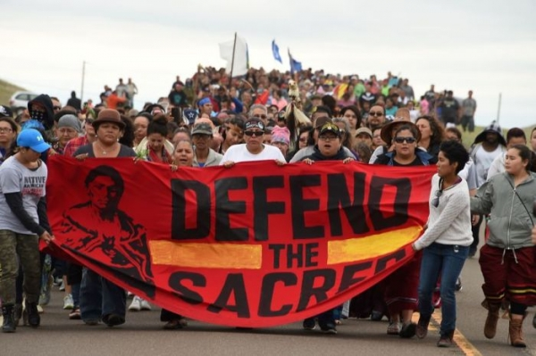 2,000 veterans plan to be a 'human shield' for the North Dakota Pipeline activists